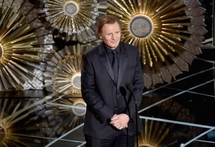Oscar 2015 red carpet: Giorgio Armani veste Naomi Watts, Liam Neeson e Sean Penn