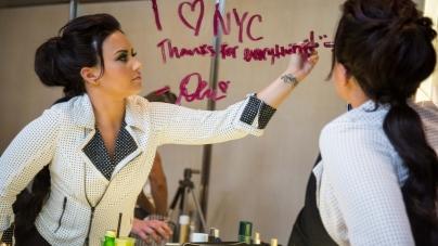 Demi Lovato New York Color: la cantautrice è la nuova testimonial internazionale