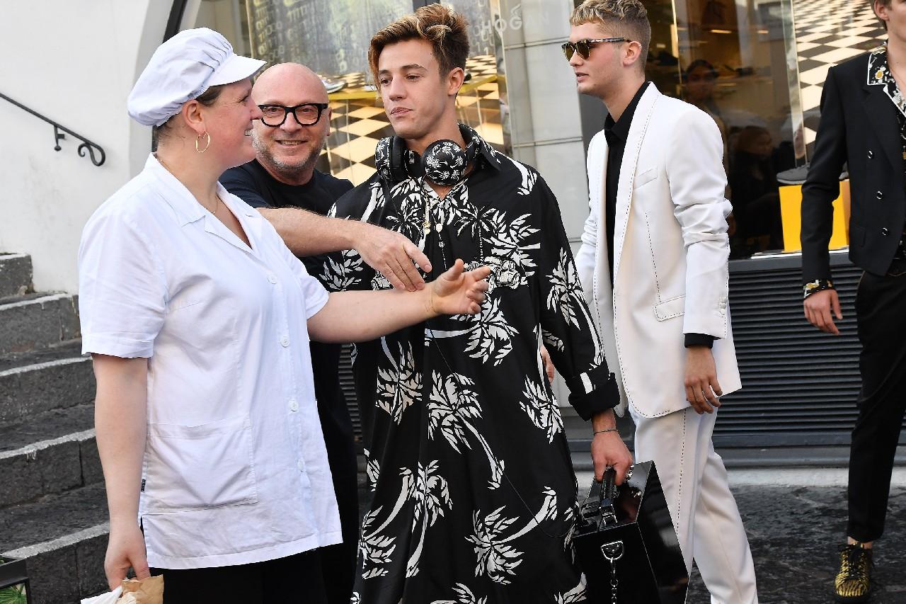Dolce Gabbana campagna pubblicitaria uomo primavera estate 2017  i ... 8ea5be881d74