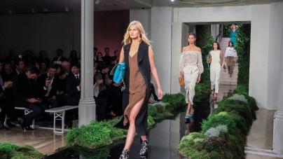 Massimo Dutti Barcellona: il nuovo flagship store, la sfilata primavera estate 2017