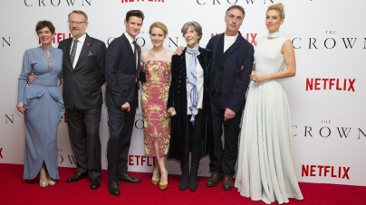 The Crown Netflix premiere Londra: il red carpet con Claire Foy e Matt Smith