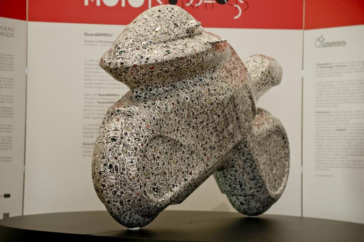 Eicma 2016 mostra Milano: Motoparade, 12 motosilhouette trasformate in opere d'arte