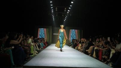Tendenze moda donna autunno inverno 2017 2018: il new-japanese di Miranda Konstantinidou