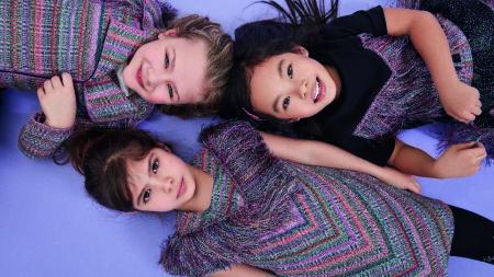 Missoni collezione bambina autunno inverno 2017 2018: patch fiammati e bouclé multicolore