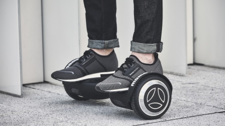 Momodesign Hoverboard: la urban mobility cool e dal design esclusivo