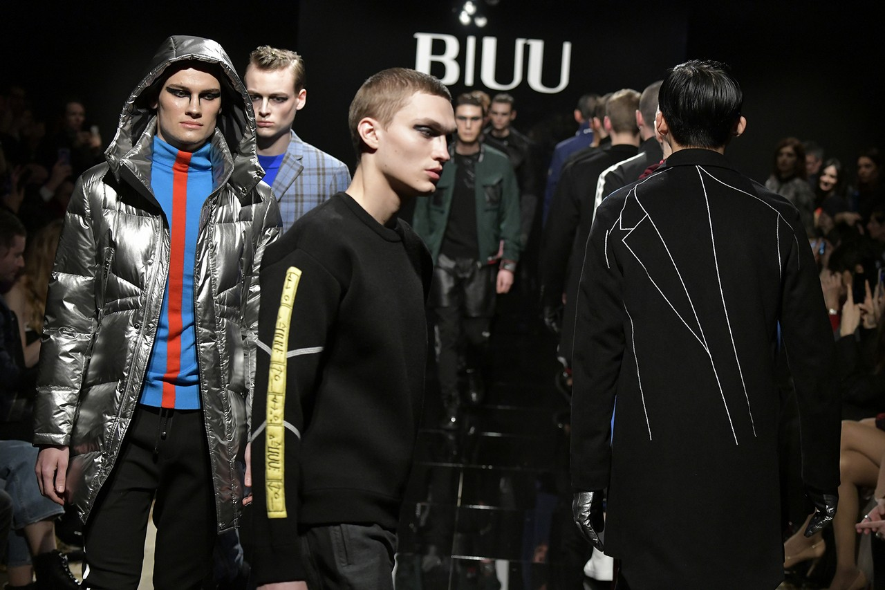 Tendenze moda uomo autunno inverno 2018 2019  il nuovo orientale firmato  BIUU View Gallery (33 images) 42fe926cf15