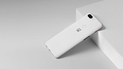 OnePlus 5T Sandstone White: la nuova limited edition