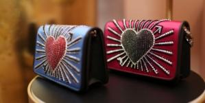 Idee regalo San Valentino 2018: i gioielli, gli orologi, le sneakers e gli occhiali