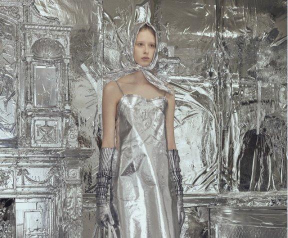 MM6 Maison Margiela autunno inverno 2018 2019: vibrazioni d'argento