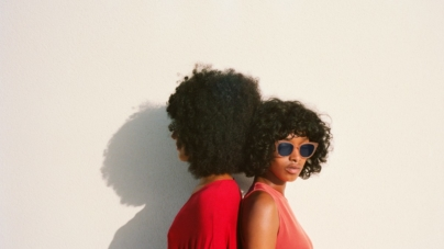 Mykita occhiali da sole primavera estate 2018: la campagna True Colours e Digital Realities