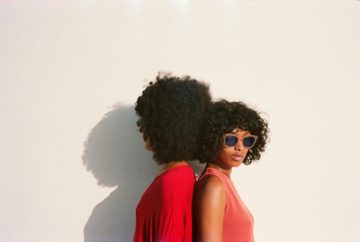 Mykita occhiali da sole primavera estate 2018: la campagna True Colours e Digital Realities