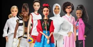 Festa della Donna 2018 Barbie: 17 fashion dolls celebrano le donne del passato e del presente