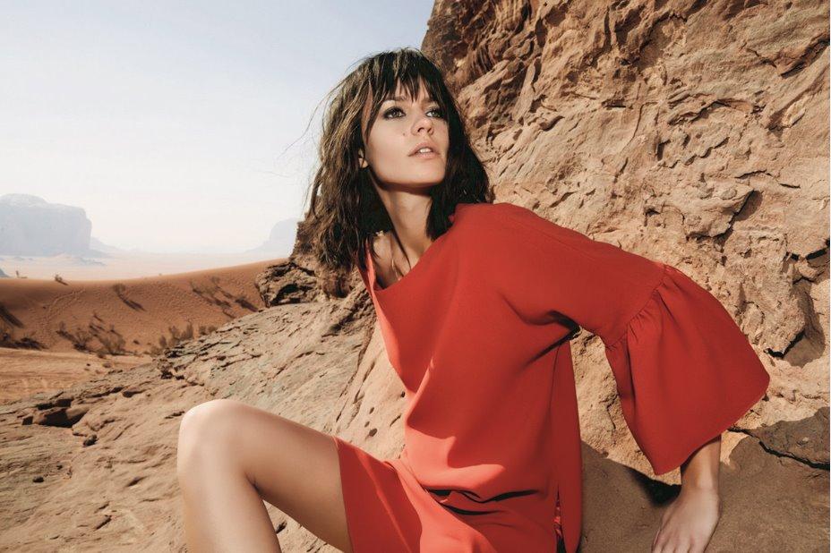 82aff0cd7fa6b0 Antonelli Firenze campagna primavera estate 2018: la magia del deserto View  Gallery (25 images)