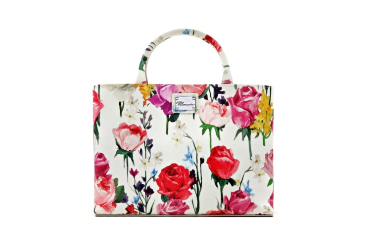 Rosa Anna Molinari: sboccia la rosa creata per celebrare la stilista Regina delle Rose
