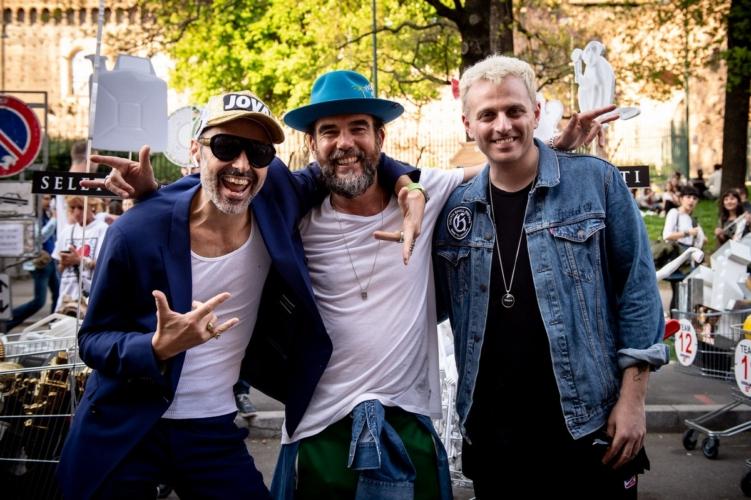 Fuorisalone 2018 Design Pride: la street parade con Maurizio Cattelan, Paola Barale e Fabio Novembre