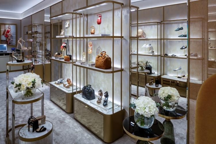 Jimmy Choo negozio via dei Condotti Roma: eleganza sofisticata per la boutique