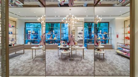 Furla boutique Praga: aperto il nuovo negozio nell'esclusiva via Pařížská