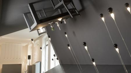 Foscarini lampade 2018 Light Bulb Series: l'installazione Reverse Room