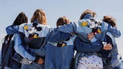 Desigual giacca primavera 2018: la campagna con Anna Cleveland