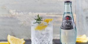 Bibite Sanpellegrino Tonica con Essenza di Legno di Rovere: perfetta per i bartender moderni