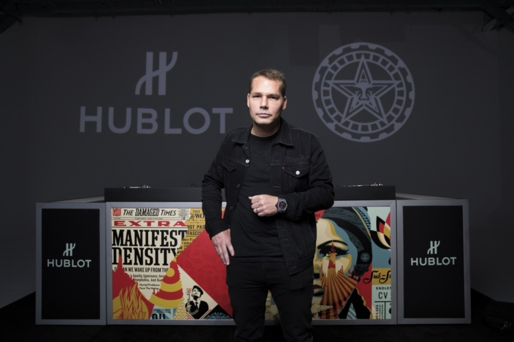 Hublot Big Bang Meca-10 Shepard Fairey: il nuovo ambasciatore, il party a Los Angeles