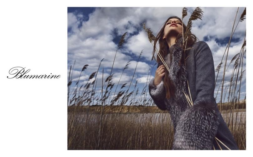 Blumarine campagna autunno inverno 2018 2019: l'allure vibrante