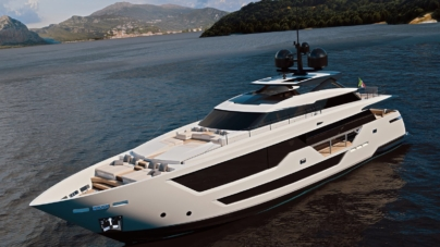 Custom Line 106: il nuovo yacht dai grandi spazi, ricco di stile e comfort