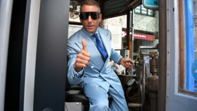 Laps Collection occhiali 2018 Italia Independent: il viaggio in tram con Lapo Elkann