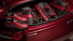 Mazda MX-5 Limited Edition Pollini Heritage: l'edizione speciale con un esclusivo kit di borsoni e sneaker