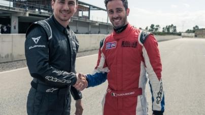 Andrea Dovizioso e Jorge Lorenzo Seat Cupra TCR: i piloti della MotoGP in pista con l'auto da corsa