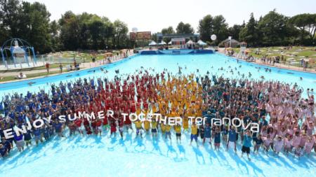 Terranova Day Aquafan 2018: i colori dell'estate italiana, la foto record