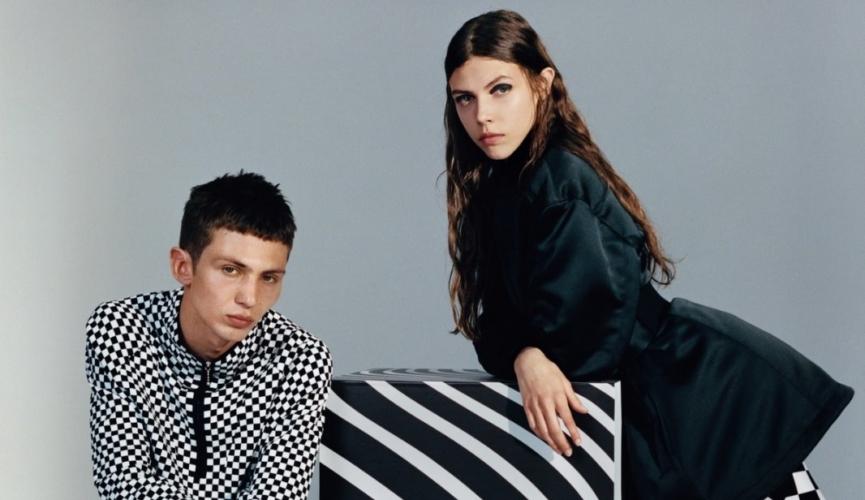 Versus Versace campagna autunno inverno 2018 2019: rompere le convinzioni