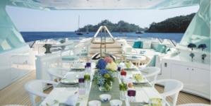CRN Yacht Latona: il megayacht su misura dall'eleganza Liberty