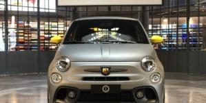 Garage Italia Christian De Sica Abarth 595 Competizione Roma: la personalizzazione firmata dall'hub creativo