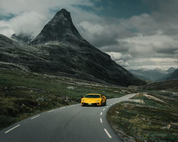 Lamborghini Avventura 2018: i fiordi norvegesi e la spettacolare Trollstigen