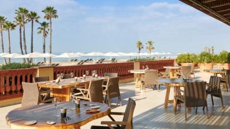 Le Méridien Ra Beach Hotel & Spa El Vendrell Spagna: il new look dal design moderno anni Cinquanta