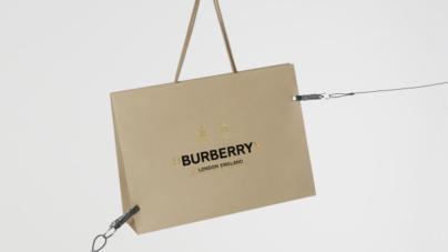 Burberry Riccardo Tisci prima collezione: capi in limited edition acquistabili per 24 ore