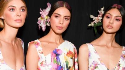 Chiara Boni La Petite Robe collezione primavera estate 2019: mood gioioso e tonalità esuberanti