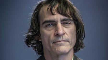 Joker Joaquin Phoenix film 2019: al via le riprese con Robert De Niro