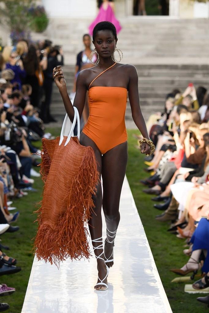 Moda primavera estate 2019 Jacquemus