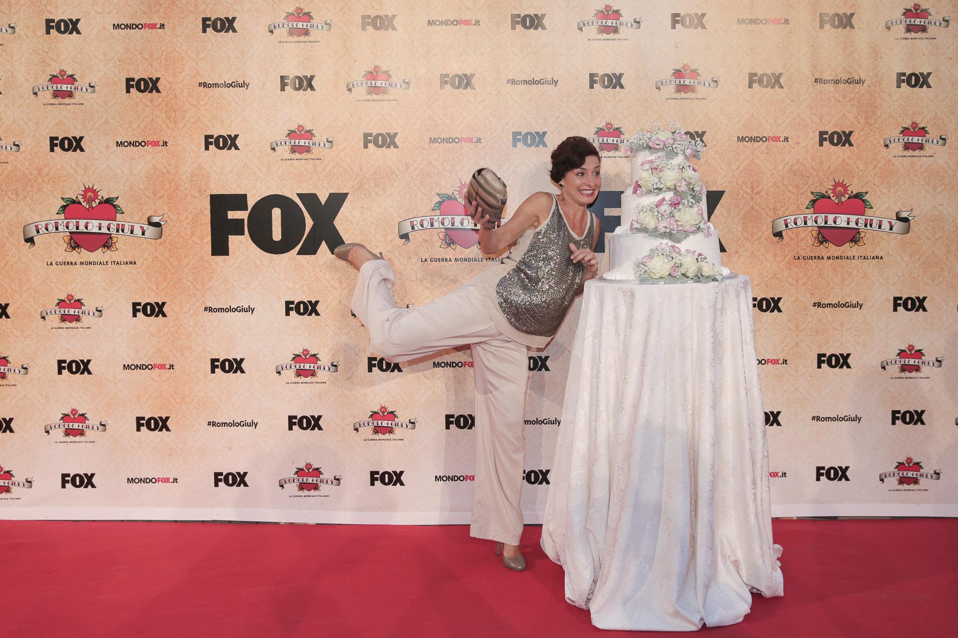 Romolo + Giuly la guerra mondiale italiana serie Fox
