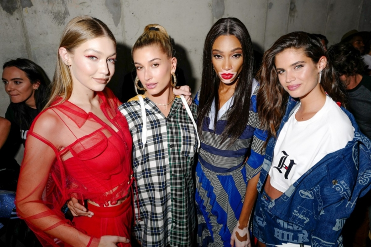 Tommy Hilfiger New York Fashion Week party Lewis Hamilton: Nicki Minaj, Hailey Baldwin e Gigi Hadid