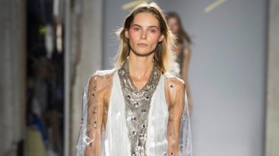 Genny collezione primavera estate 2019: romanticismo sofisticato e dal sapore seventy