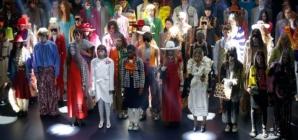 Gucci primavera estate 2019: il teatrale sperimentale, guest Jane Birkin, Jared Leto e Faye  Dunaway