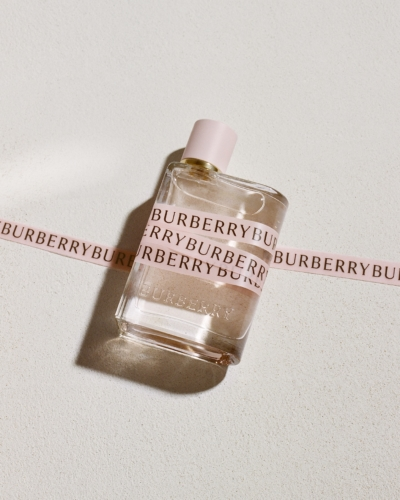 Burberry Her Eau de Parfum Cara Delevingne: la nuova fragranza femminile