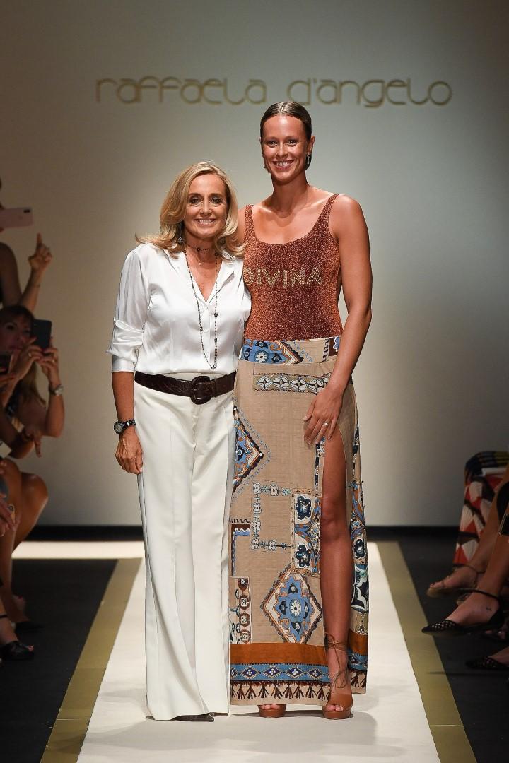 Federica Pellegrini Raffaela D'Angelo sfilata primavera estate 2019