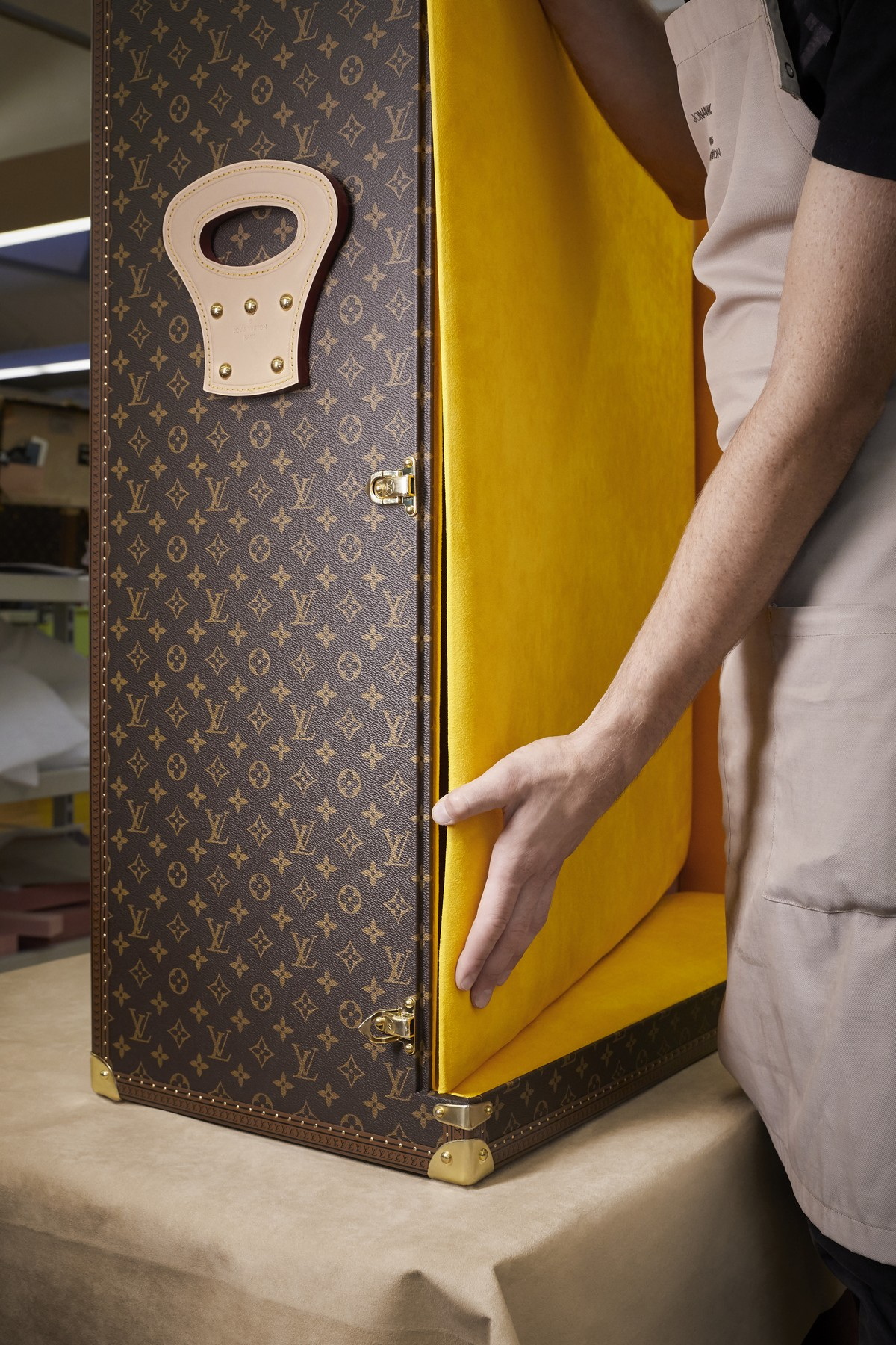 Louis Vuitton Johannes Vermeer La Lattaia