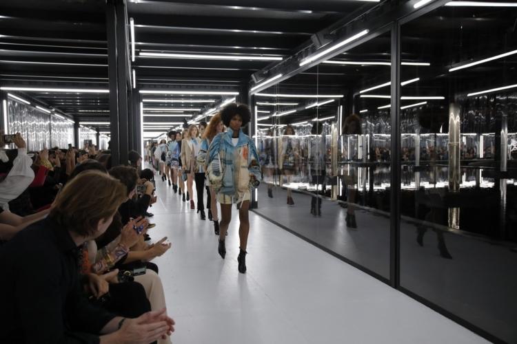 Louis Vuitton donna primavera estate 2019: la meraviglia dei paesaggi