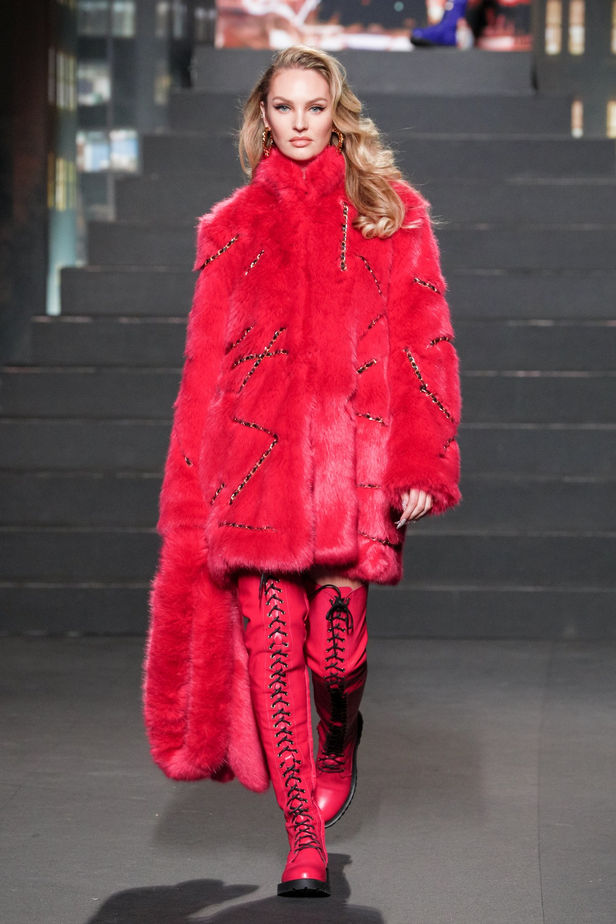 Moschino [TV] H&M sfilata New York
