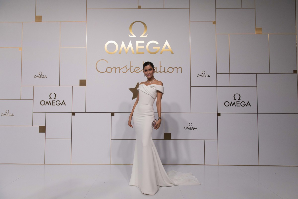 Omega Constellation Manhattan 2018